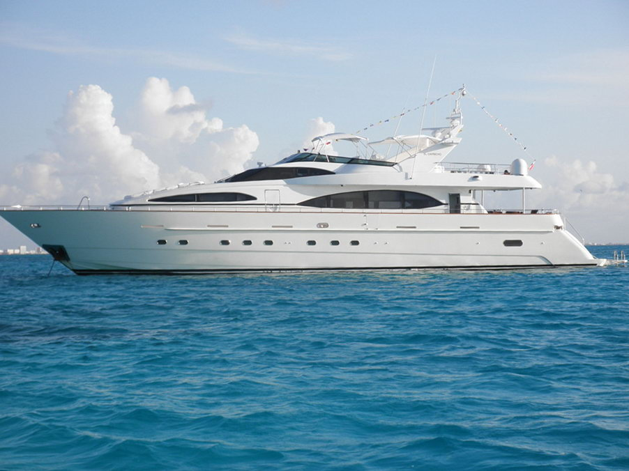 100' Azimut Mega Luxury Power
