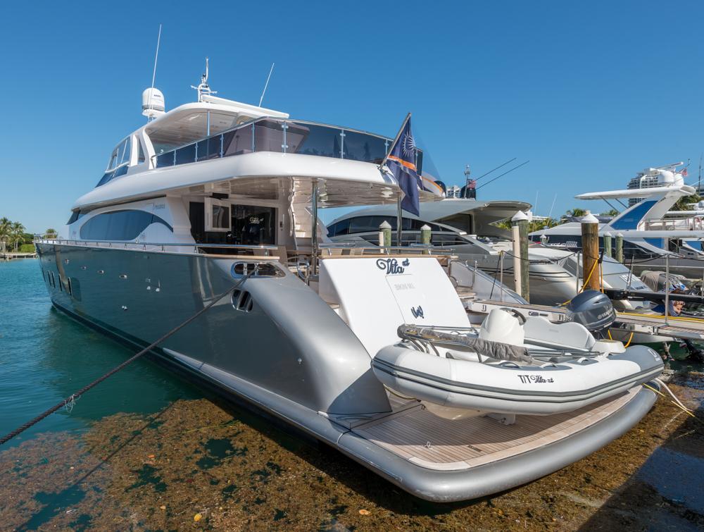 100-maiora-luxury-mega-yacht