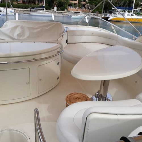 55' Azimut With Flybridge Luxury Yacht 12