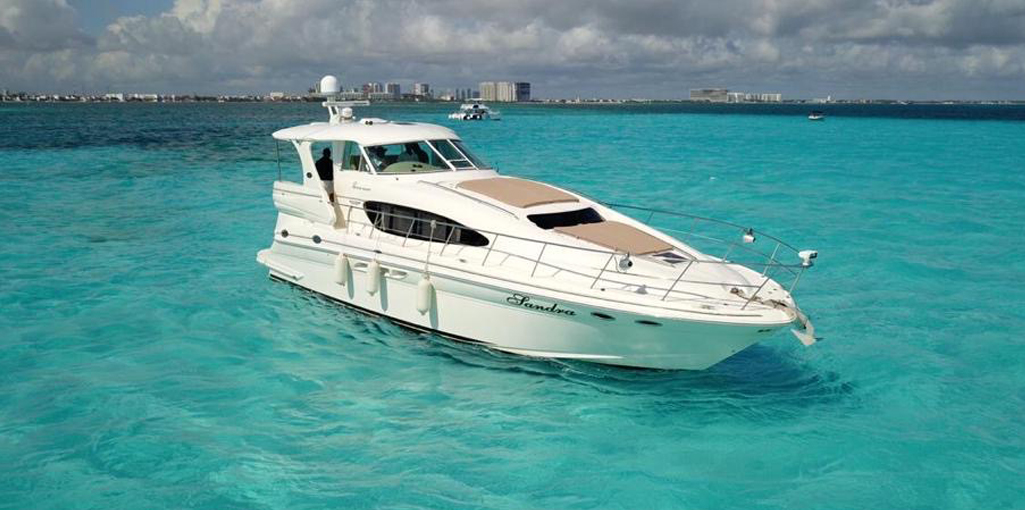 60-Sea-Ray-Luxury-Yacht