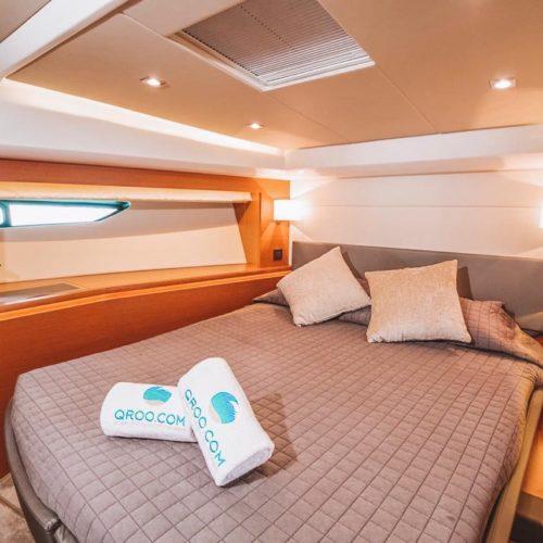 55' Prestige With Flybridge Luxury Yacht 13