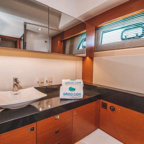 55' Prestige With Flybridge Luxury Yacht 16