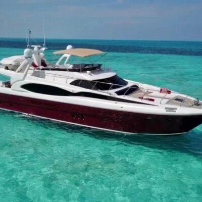 80' Dyna Luxury Yacht